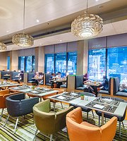 The SQUARE Restaurant - Novotel Bangkok Platinum Pratunam