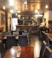 Monichino Cafe & Wine Bar