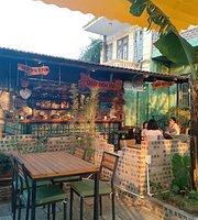 Old Vietnam restaurant and pub