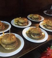EightMiles Burger Banjir