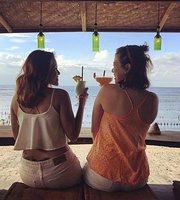 Penida Colada Beach Bar