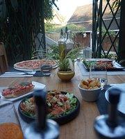 Soum Noum Restaurant