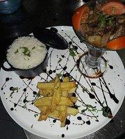 TK Restaurante        Cocina Tradicional Peruana