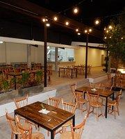 Nuestro cocina, cafe & bar