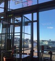 4'33 Grand Cafe