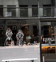 Elliot - Coffee & Craft Beer