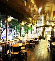 The Dubliners' Cafe & Pub