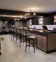 Le Semaphore Restaurant & Bar