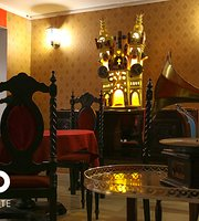 Mestizo Restaurant & Café Lounge