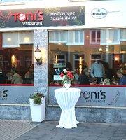 Tonis Restaurant