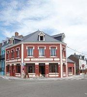 Au Petit Cafe