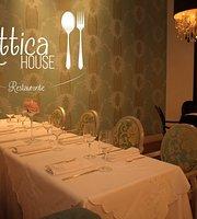 Restaurante Attica House