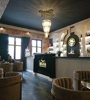 Beluga Restaurant & Bar