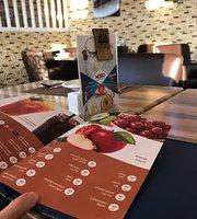 Modo Restaurant and Cafe