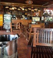 Raintree Cafe&Wine by Phetkaew