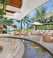 La Baie Lounge