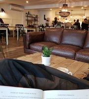 Café Boutique Juniper