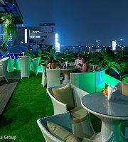 Pura Vida Lounge & Bar