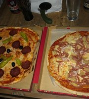 Saras Grill & Pizzeria