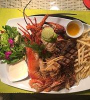 CocoBay La Mer Beach Restaurant