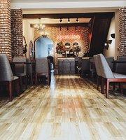 Al Pomodoro Restaurant, Hue