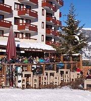 Pub Le Ski Lodge