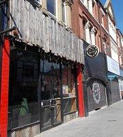 Dead Eye's Cocktail & Hot Dog Den