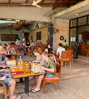 Living Room Cafe & Restaurant