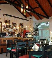 Colibri, Casa de Te y Cafe