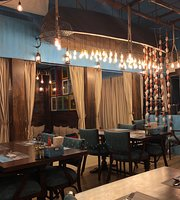 Al Hadaq Seafood Restaurant