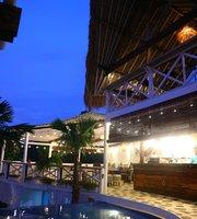 Despacito Loft & Lounge