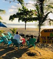 Aloha beachfront bar and grill jaco
