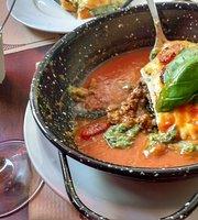 Ferroni's Restaurarante