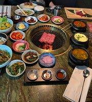 Jeong Yuk Jeom Korean BBQ