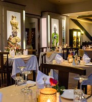 La Terrazza Italian Restaurant, Lounge & Art Gallery