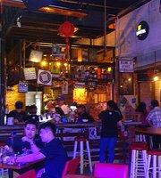 1945 Restaurant and Bar