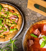 Organic Pizza and Food
