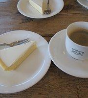 明治の館ケーキショップ