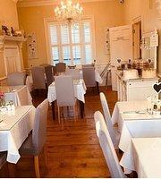 Hamiltons Tea Room