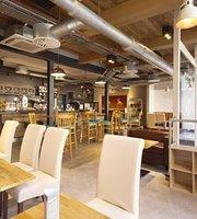 The Platform Cafe