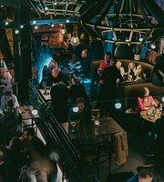 KARBES Kitchen&Bar