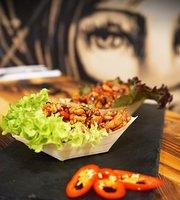 Mi asian street food