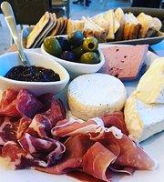 Simply Mediterranean Grocery, Coffee, Deli & Bar