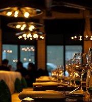 West Coast Grill + Oyster Bar