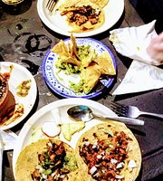 La Casa de los Tacos