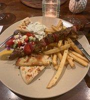 Santorini Noosa Greek Taverna