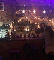 Poe Bar