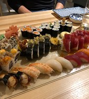 OYSHI sushi & saké bar