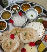 Shukan Gujarati Thali