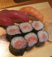 Yatai Sushi Kariya Ekimae-Cho